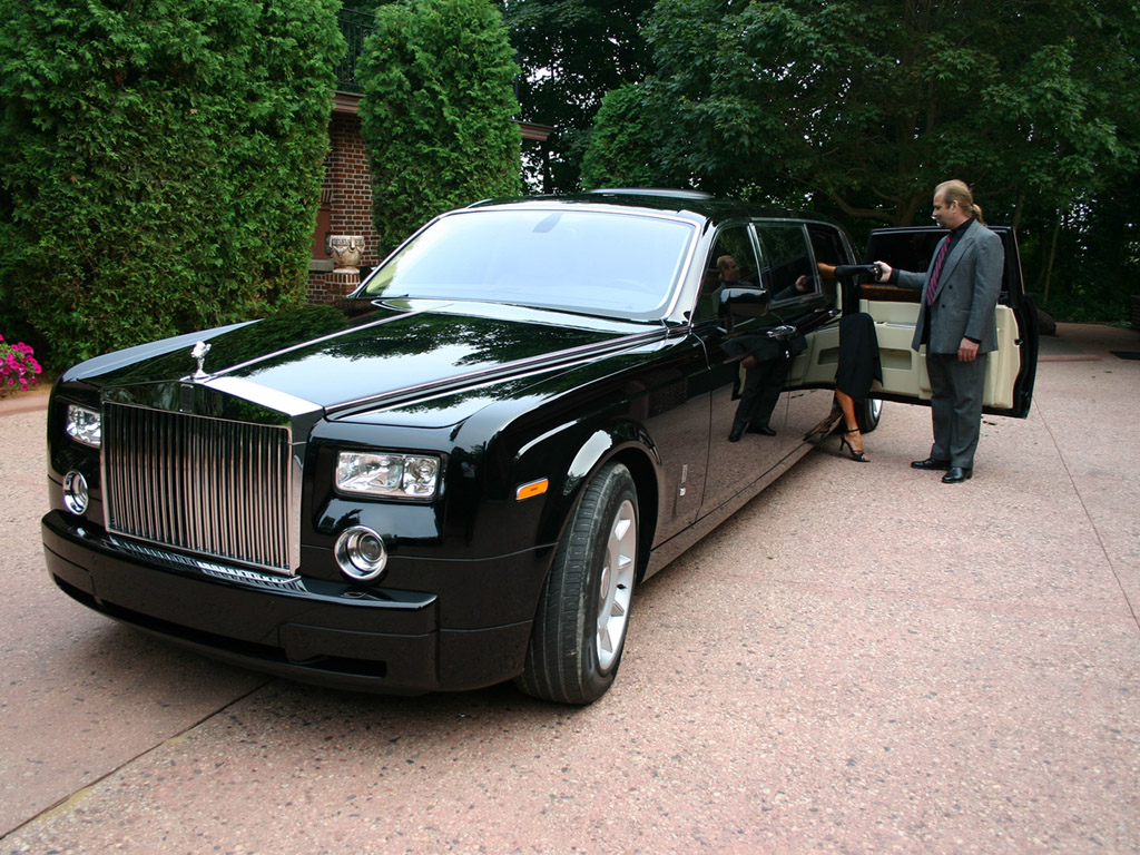 rolls royce phantom black tie edition by genaddi. Black Bedroom Furniture Sets. Home Design Ideas