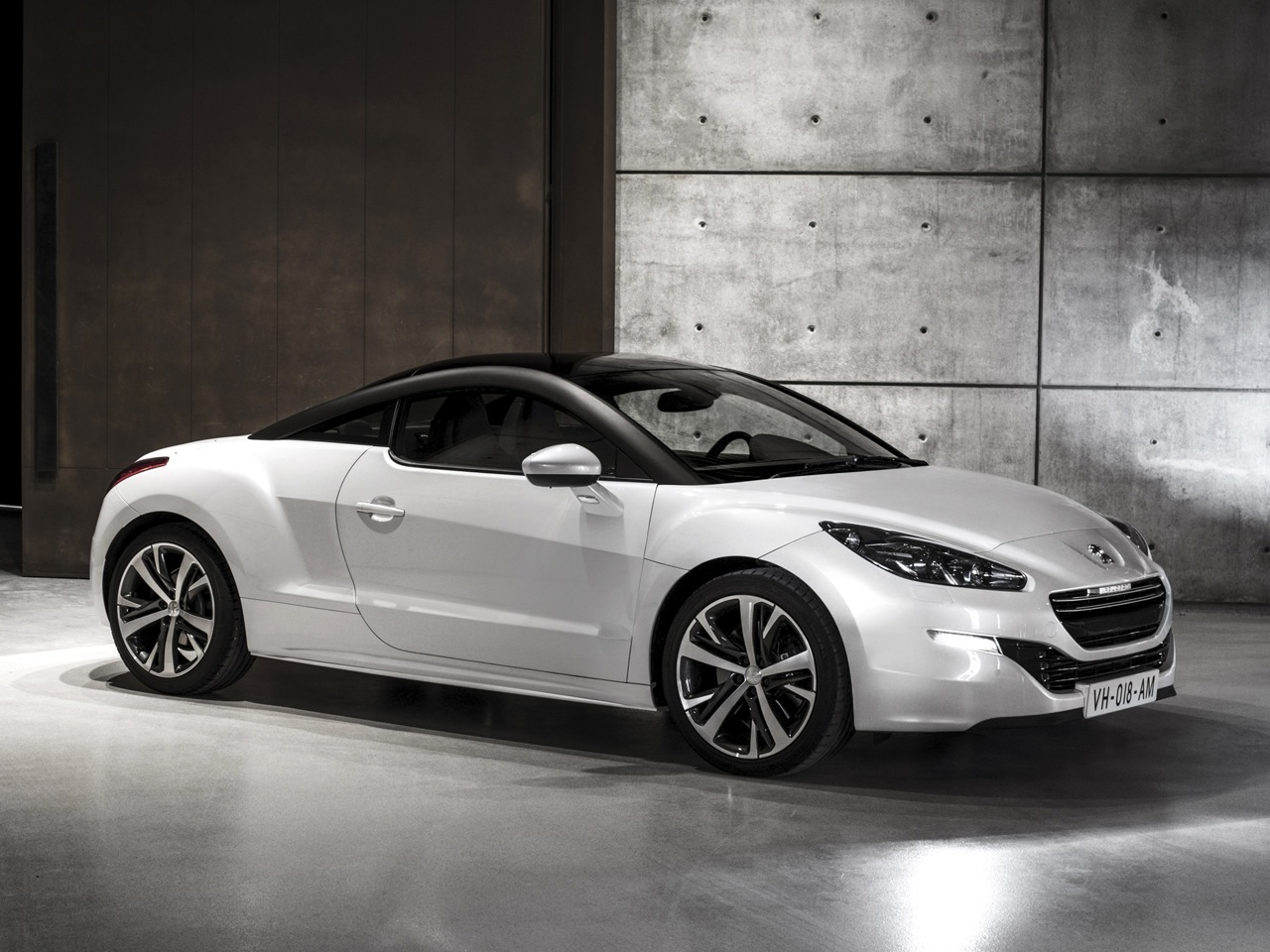peugeot rcz r wallpapers by cars. Black Bedroom Furniture Sets. Home Design Ideas