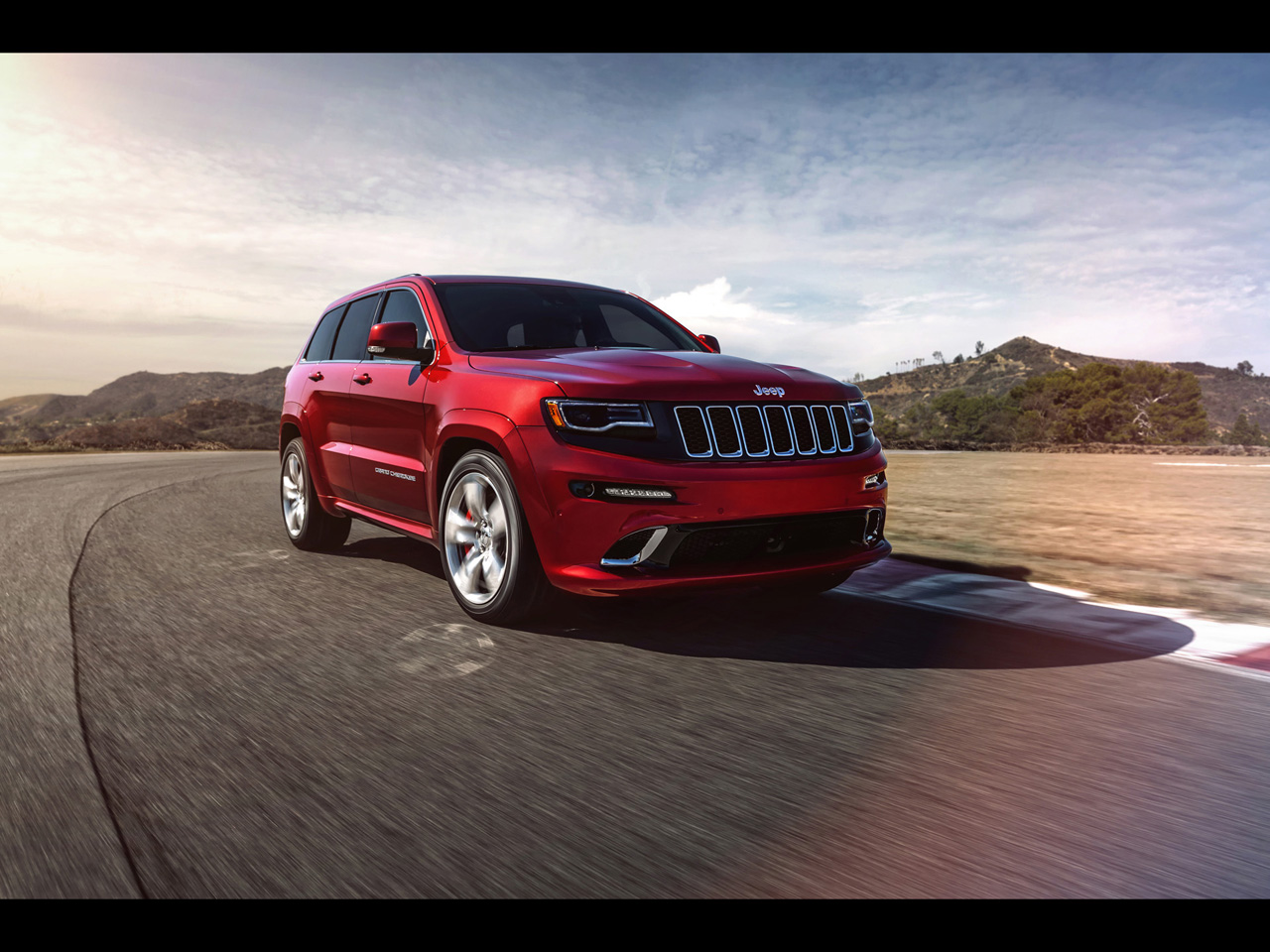 2014 Jeep Grand Cherokee Srt Wallpapers By Cars Wallpapersnet